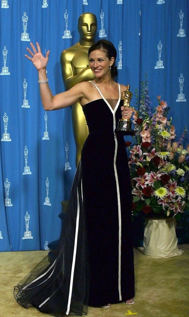 Джулия Робертс в платье Valentino